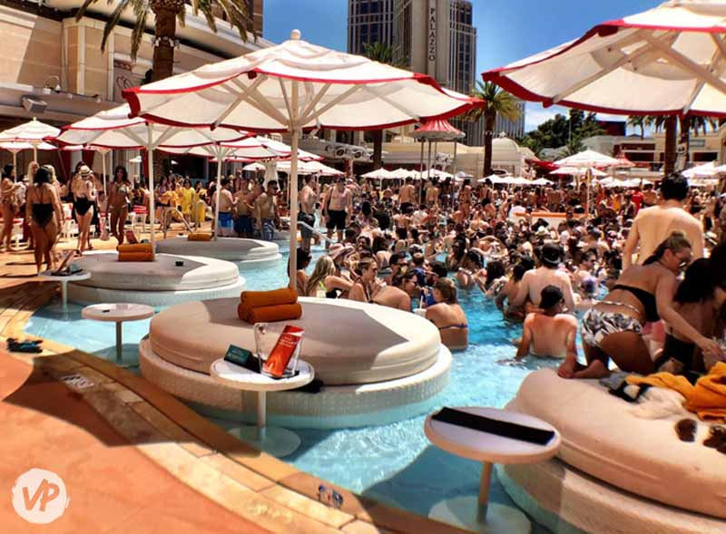 Encore Beach Club's famous bottle service in Las Vegas