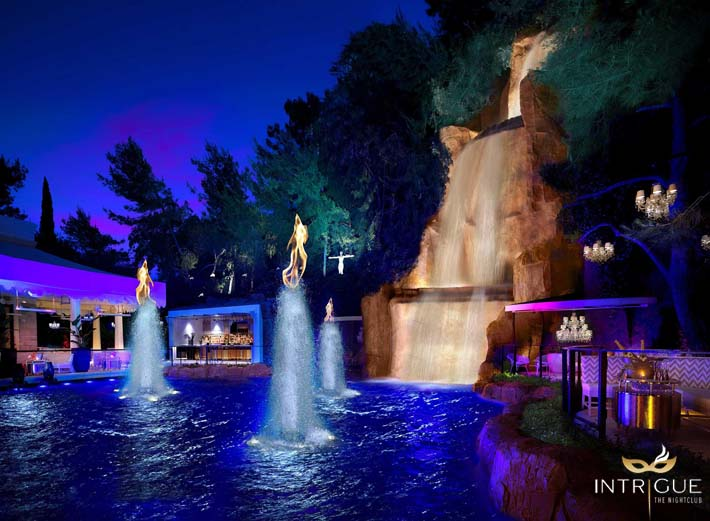 The waterfall and outdoor patio area at Intrigue Nightclub